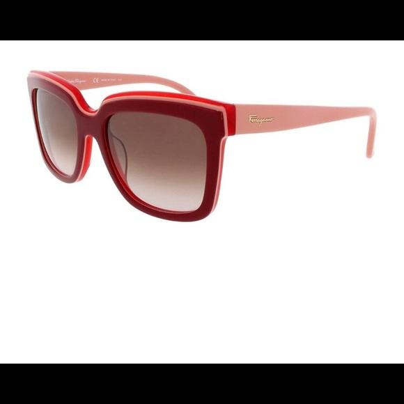 209f70a5d91 Salvatore Ferragamo Sunglasses. M 5b414a50aaa5b80b8b828861